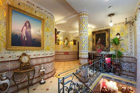 โรงแรมโมซาร์ท: Interior