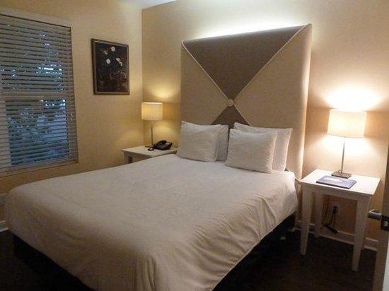 La Flora: Das Bett