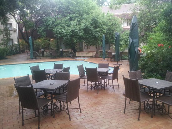 Protea Hotel by Marriott Johannesburg Balalaika Sandton:                   One of the pools