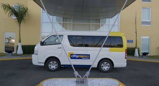 City Express Tepatitlan: Cityexpress Tepatitlan Camioneta
