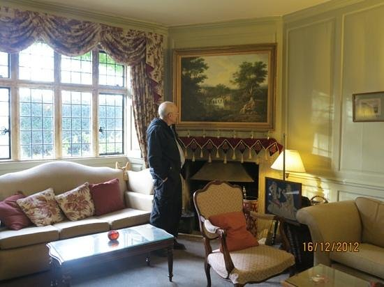 Charingworth Manor:                   drawing room to relax in