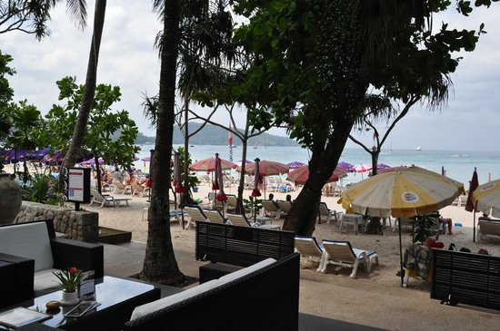 Impiana Resort Patong Phuket: beachfront location in Patong