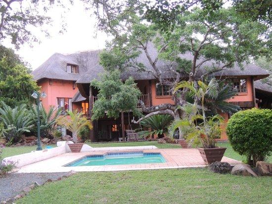 Zebra Hills Safari Lodge:                   Zebra Hills