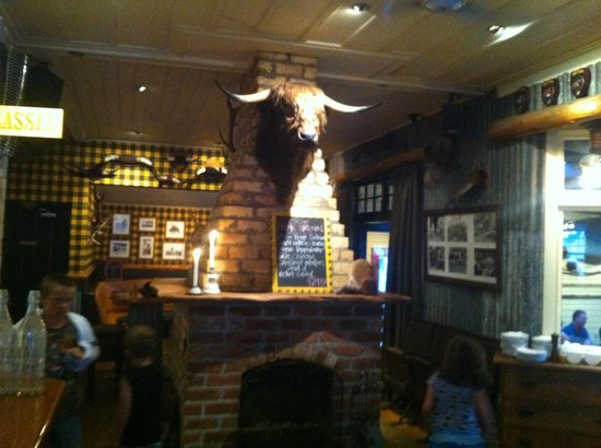 McLeod's PIZZA BARN: view from the bar