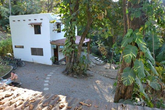 Cuesta Arriba Hotel:                   Blick aus Fernsehraum auf die Reception