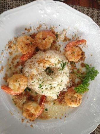 Gaiana:                   camarão à provençal