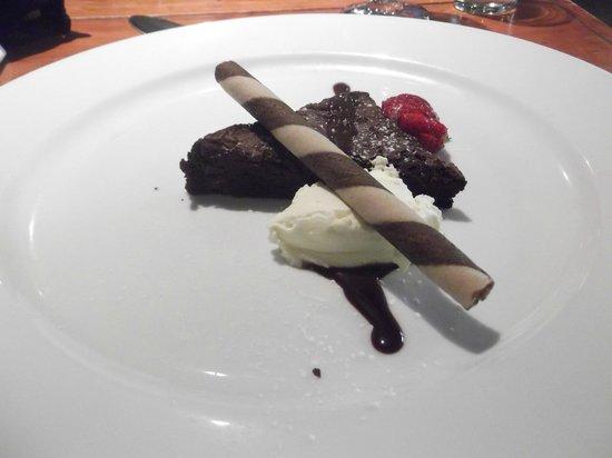 The Esplanade: Brownie Dessert
