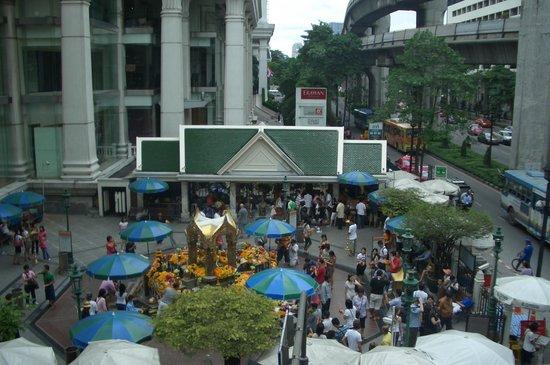 Grand Hyatt Erawan Bangkok:                   Hotel exteriors