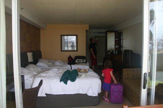 Shangri-La's Fijian Resort & Spa:                   70's style