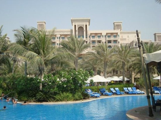 Jumeirah Al Qasr at Madinat Jumeirah: From the swimming pool