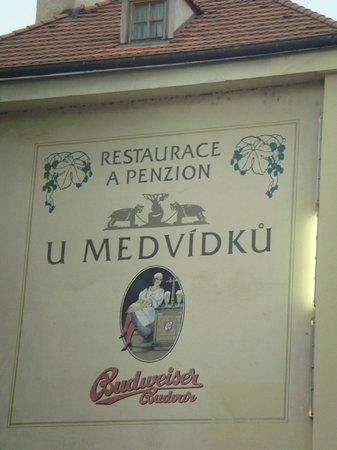 Brewery Hotel U Medvidku:                   U-Medvidku