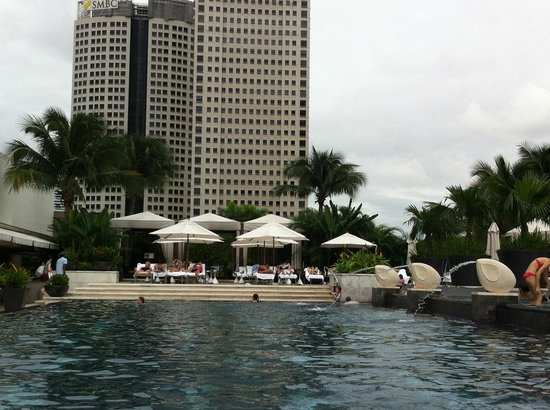 Mandarin Oriental, Singapore: Pool area