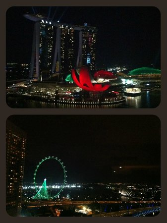 Mandarin Oriental, Singapore: Night view from Club Harbour Room