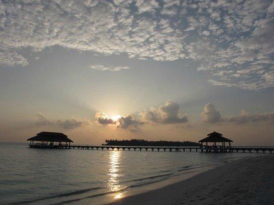 Kihaad Maldives: tramonto......