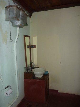 Elephant Valley Eco Farm Hotel: Salle de bains dernier cri