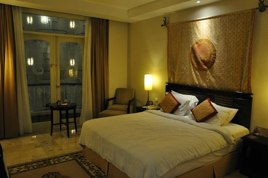 The Phoenix Hotel Yogyakarta - MGallery Collection: guestroom