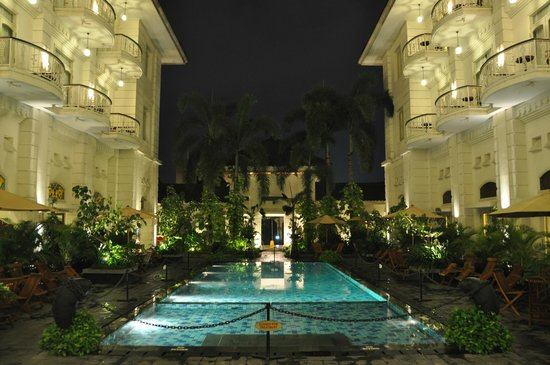The Phoenix Hotel Yogyakarta - MGallery Collection: pool