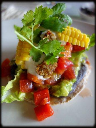 COMO Shambhala Estate, Bali:                   my first lunch...heaven