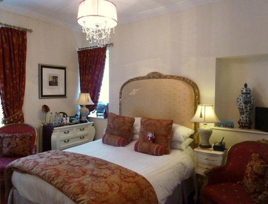 The Somerville: Ground Floor deluxe Room
