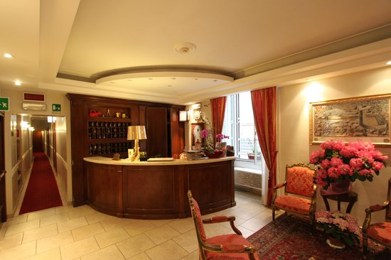 Hotel Navona Reception