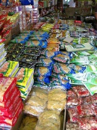 Taboan Public Market: dried fruits :)