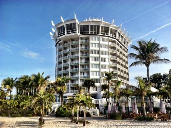 Grand Plaza Beachfront Resort Hotel & Conference Center: Wonderful hotel! Great Location!