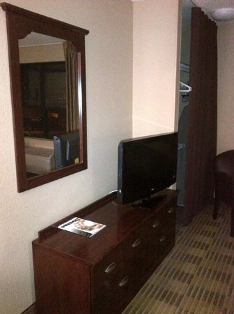 Extended Stay America - Palm Springs - Airport: Flat screen TV