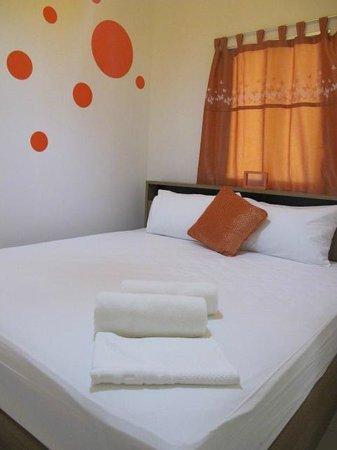 I Lub U Guesthouse: Enjoy Orange Room