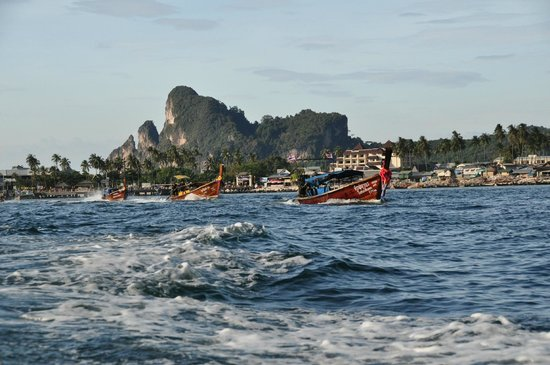 Phi Phi The Beach Resort: long-tail boat ride to the resort