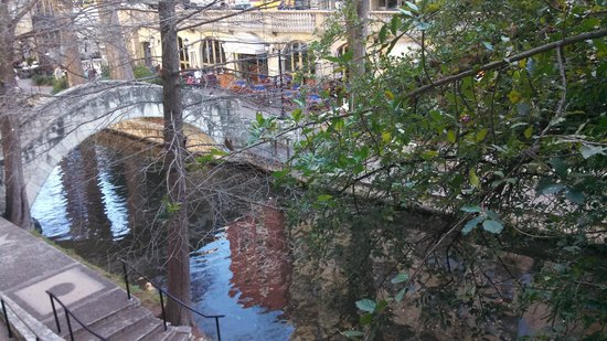 Omni La Mansion del Rio: View of River Walk from Balcony of my room
