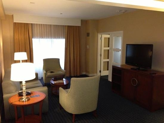 Hilton Lexington Downtown: jr suite
