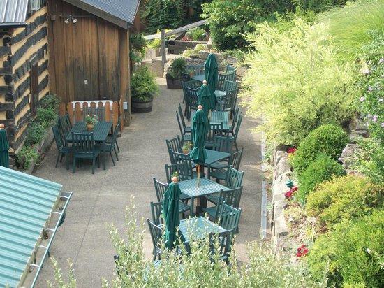 The Inn & Spa at Cedar Falls:                   outside dining