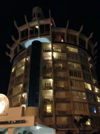 Spinners Rooftop Revolving Bistro Lounge Restaurant On St Petes Beach Fl