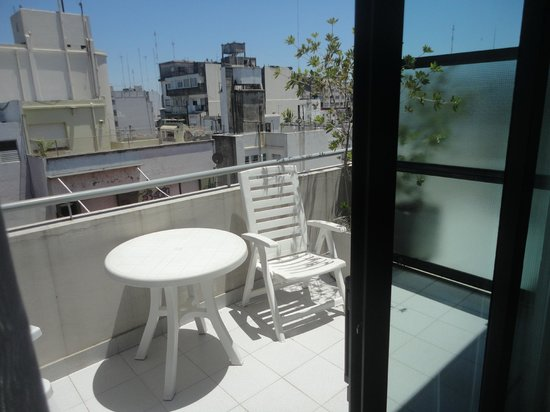 Monserrat Apart Hotel:                                     Sacada do 7ºandar apto superior
