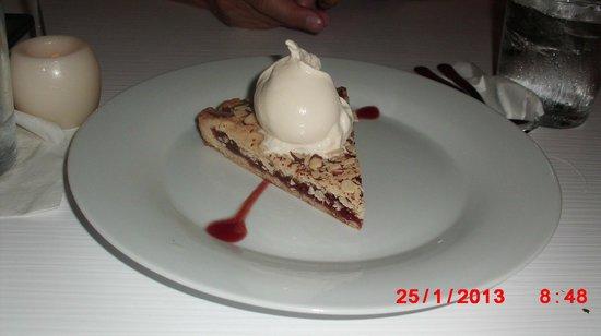 Parrilleria Vacas Gauchas:                   Guava Torte w/Vanilla Ice Cream