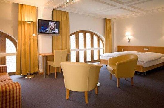 Hotel Rochat: Triple Room