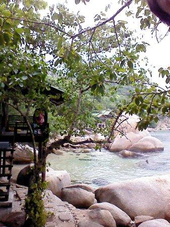 Tao Thong Villa:                   beach area