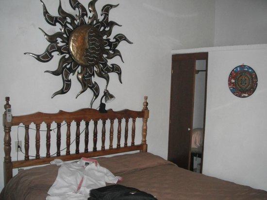 Hotel Posada de Roger:                   habitacion grande