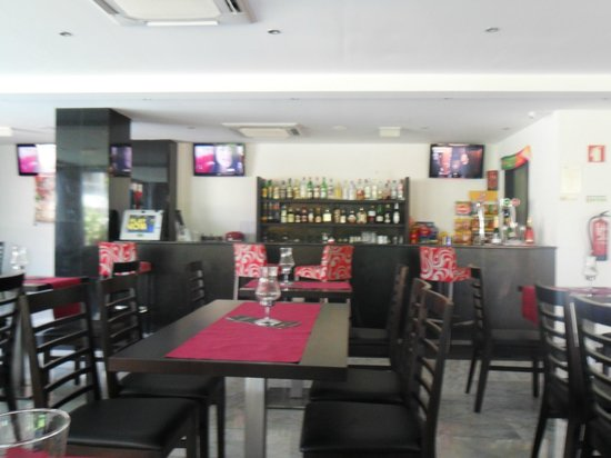 Hotel Topazio:                                     Bar and dining