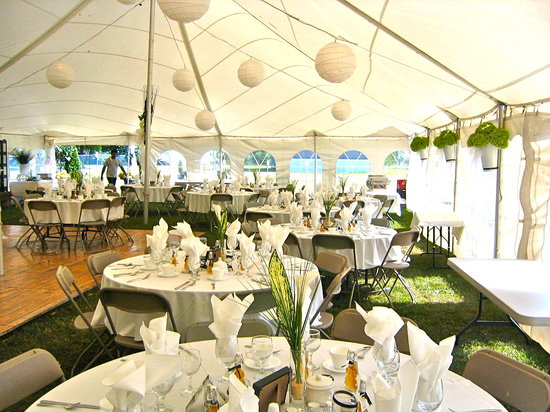 The Abbey Inn: The Wedding Tables Decorated for the Wedding Dinner