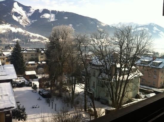Sporthotel Alpin:                   Zimmer 349