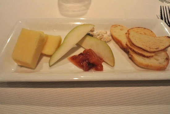 George Restaurant: Cheddar from Ottawa Valley