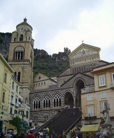 Duomo di Sant'Andrea: il duomo in cima alle scale