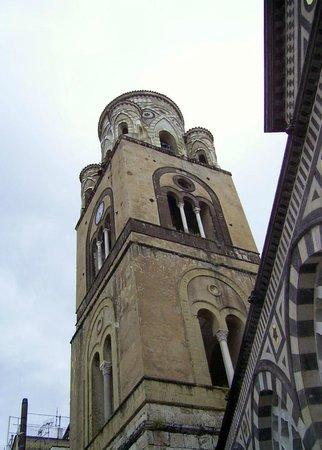 Duomo di Sant'Andrea Apostolo: il campanile