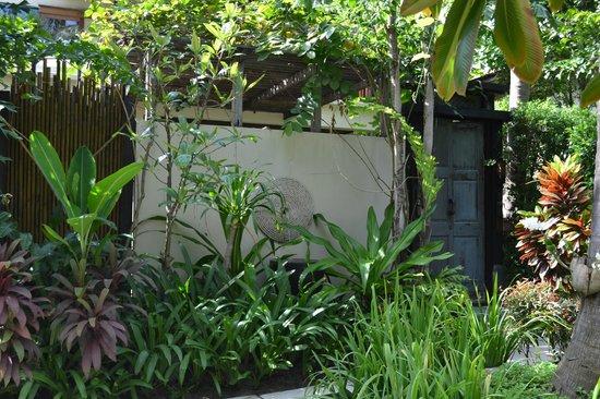 Anantara Rasananda Koh Phangan Villas:                   INGRESSO DELLA GARDEN POOL VOLLA N. 28