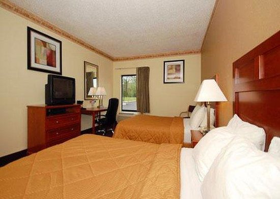 Southland Inn & Suites: guest room