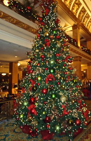 The Pfister Hotel:                   Christmas tree next to Lobby lounge