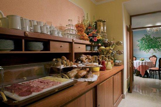 Hotel Prestige Sorrento: Buffet