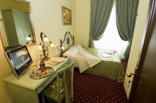 Hotel Colomba: Classic Double Room