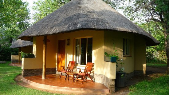 Aha Sefapane Lodge and Safaris:                   Hoopoo roundavel